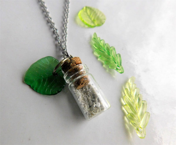 Leaf Tree of Life Ash Urn Necklace for Human Ashes Pet Cremation Jewelry Glass Vial Non-Tarnish Nature Plant